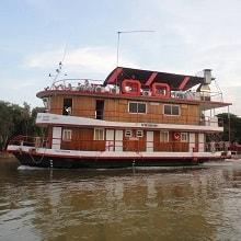 barco-hotel-tuiuiu